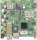 RB922UAGS-5HPacD mit 720MHz Atheros CPU, 128MB, 1xGbit, USB, 1xSFP, miniPCe, SIM