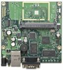 RB411AH mit 680MHz Atheros CPU, 64MB RAM, 1xLAN, 1x miniPCI, RouterOS L4