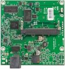 RB411GL mit 680MHz Atheros CPU, 64MB RAM, 1xGBit, 1x miniPCI, RouterOS L4