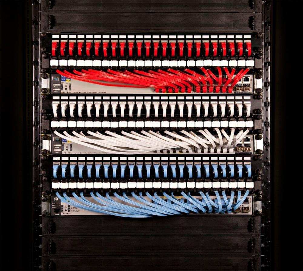 PATCHBOX®Plus+ mit 24 PATCHBOX® Kassetten/Patchkabel, U/FTP, 1,7m, gelb
